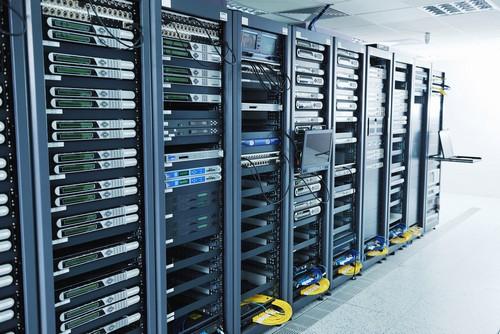 хостинг где можно создать сервер